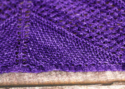 AtlasKnits-AscentShawlLight-Closeup-1